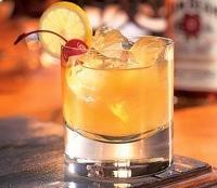 preparación de Cóctel Whisky Sour