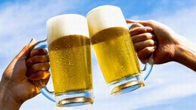 Sabías que la cerveza rehidrata a los deportistas igual que el agua?
